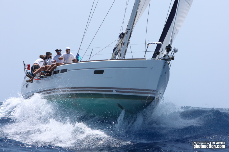 Dream Yacht Charter Signs Three Year Sponsorship Agreement with Antigua Sailing Week