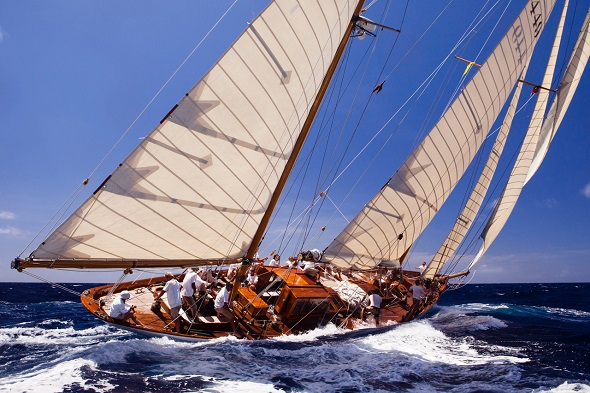Eilean sailing in the Antigua Classic Yacht Regatta, Windward Race.
